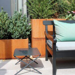 Land Modern plantekasser i corten på terrasserne ved Tivoli Hjørnets terrasser