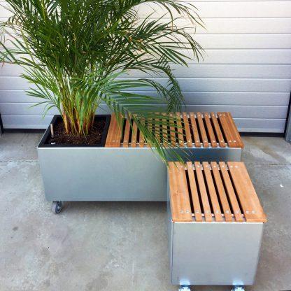 Land Modern siddeplads i mahogni på aluminiumsskinner