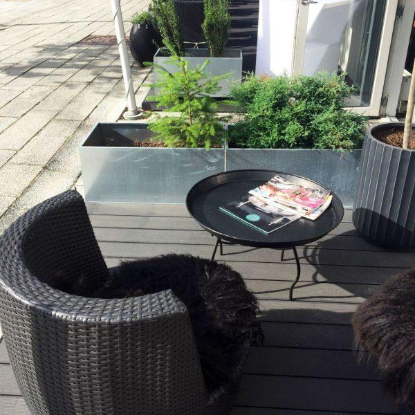 Kapilærkasse skjuler og højbed fra Land Højbede hos restaurant Rasoi