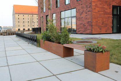 Land Modern bænk med 40 x 40 og 40 x 240 cm ekstra kraftige plantekasser